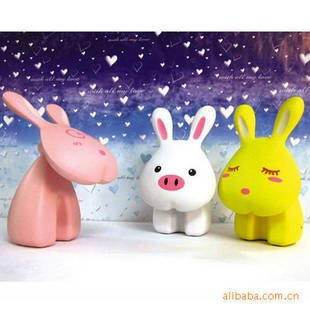 Creative gifts ] Iraqi goods Church genuine lovely Bunny charge a small table lamp|A410g-
