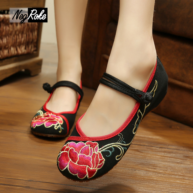 New spring and autumn delicate flower embroidery fashion ladies flats shoes women sexy soft quality oxford shoes women loafers beyarne rivets decoration brand shoes flats women spring autumn fashion womens flats boat shoes sexy ladies plus size 11