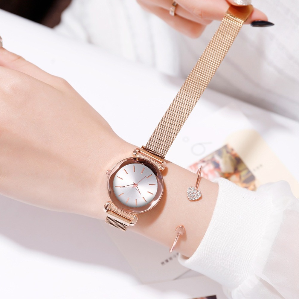 Fashion Minimalist Watch Women's Starry Sky Wrist Watch 2019 Luxury Rose Gold Ladies Casual Quartz Magnetic Mesh Female Clock