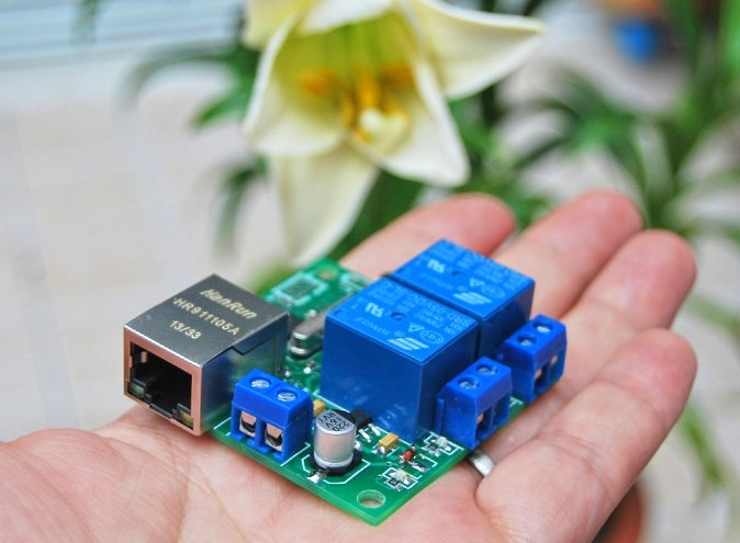Small Volume 2 Way Relay Module, Remote Switch Network Relay, Remote Computer Restart TCPUDP Module 8 ethernet relay network switch point dynamic delay tcpudp module controller local button