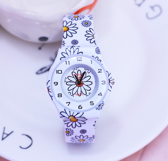 New Arrive WILLIS 2018 Colorful flowers Women MiNi Watches Resin Fashion Table Waterproof Ladies Table Rainbows WatchesNew Arrive WILLIS 2018 Colorful flowers Women MiNi Watches Resin Fashion Table Waterproof Ladies Table Rainbows Watches