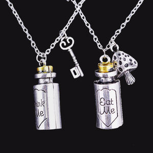 Hot style Alice in Wonderland Necklace Eat Me Drank Me Charm Pendant Alloy Bottle Pendant Necklace