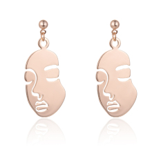 SUKI Lady Vintage Wacky Abstract Human Face Earrings For Women Wedding Jewelry Retro Fashion Special Dangle Pendant Drop Earring