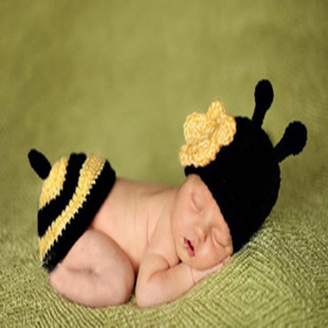 a6599f0daca 0-3 months Soft Adorable Hand-woven Bee Cute Newborn Crochet Baby Clothes  One Hundred Days Baby Photo photography Props Wool