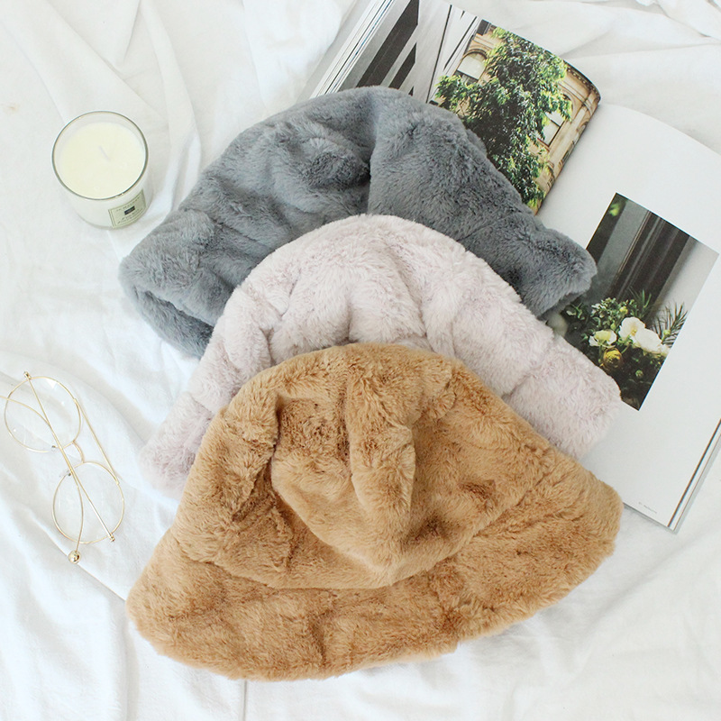 d64804836ff9f7 2018 Fur Thick Warm Winter Bucket Hat Women Solid Color Girls Flat Top  Velvet Fedoras Ladies Plush Bob Feminios Fashion Gorras-in Bucket Hats from  Apparel ...