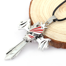 Hot Anime Bleach Ichigo Kurosaki Partly Concealed Skull Alloy Necklaces Cool Necklace Men Jewelry Pendants