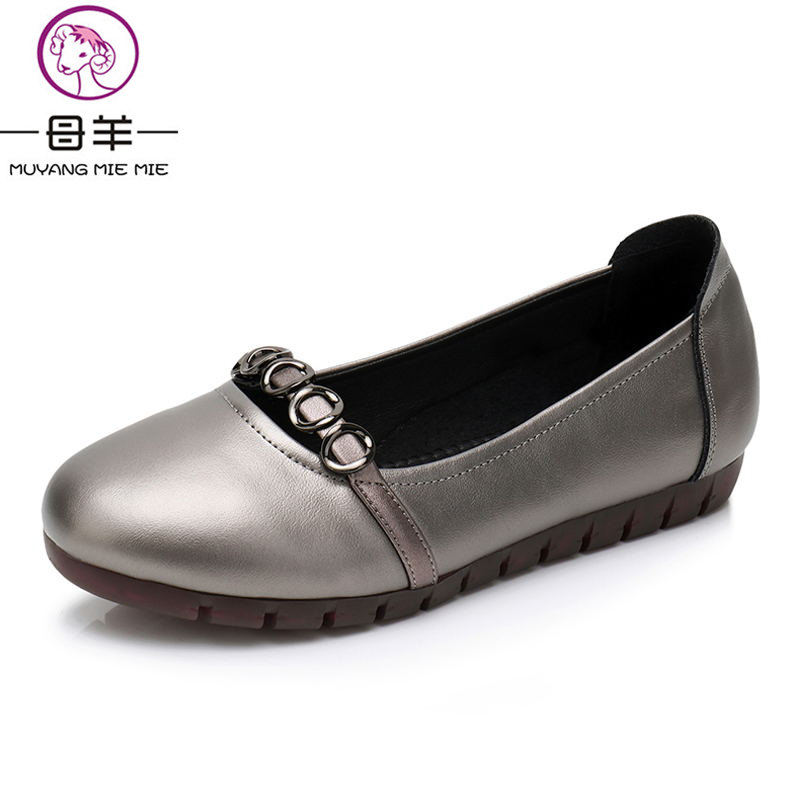 Genuine Leather Flat Women Shoes Spring and Fall Fashion Round Toe Shoes Big Size MUYANG MIE MIE Women Flats Slip-On Women Shoes new 2017 spring summer women shoes pointed toe high quality brand fashion womens flats ladies plus size 41 sweet flock t179