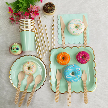 Safari party supplies 8sets disposable tableware jungle plates/cups gold strip paper straws wooden forks/spoons
