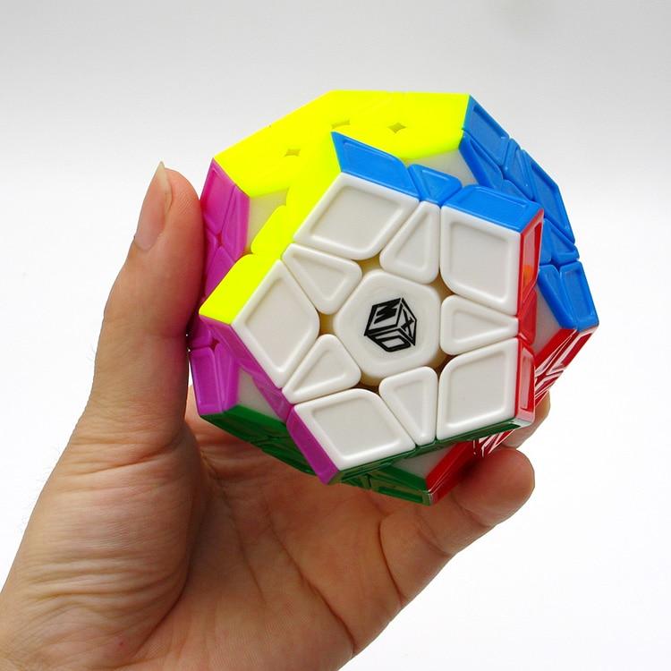 Newest Qiyi X Man Galaxy Megaminx Sculpture Convex Concave Plane Cubo Magico Speed Cube Twist puzzle
