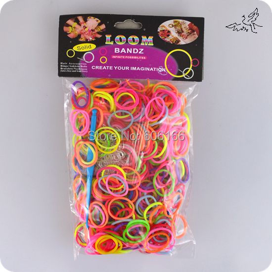 Hot 3000pcs Mix Colors 5 pack Colorful Loom Rubber Bands Acc