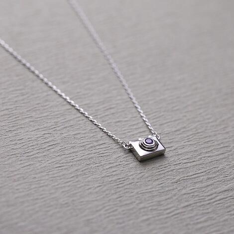d74cdde45 جديد تصميم 925 فضة كاميرا شكل قلادة قلادة الفضة والمجوهرات للنساء الفتيات  هدية
