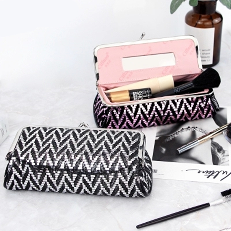 все цены на Brand Women Cosmetic Bag Lady Make Up Bag With a Mirror Portable Small Travel Makeup Brush Organizer Cosmetics Storage Pouch Bag онлайн