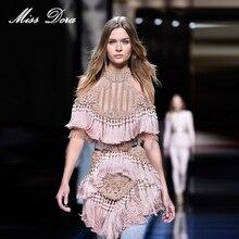 f9ee6eeff6958 YÜKSEK KALITE Yeni Moda 2016 pembe Benzersiz Pist Elbise kadın Hollow Out Püskül  Lüks Manuel El Boncuk Elbise toptan