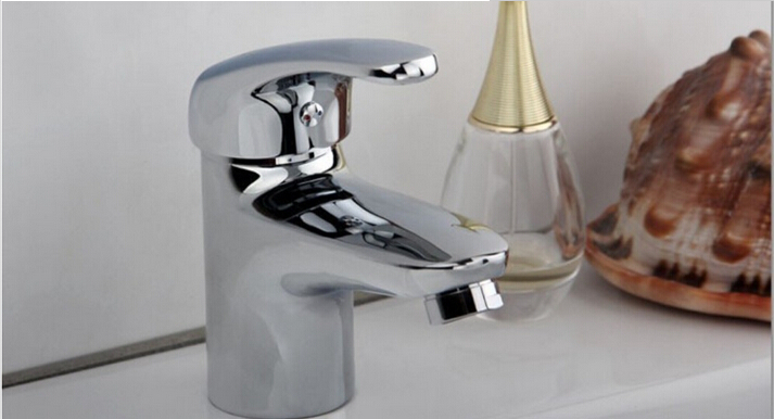 7 Faucet Finishes For Fabulous Bathrooms: High Quality Brass Chrome Finish Hot And Cold Bathroom