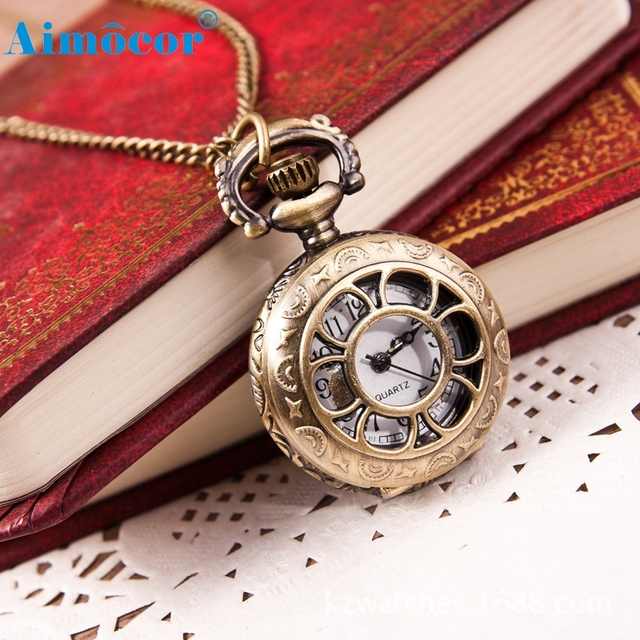 2018 Hot Sale Retro Pocket Watch Vintage Fashion Quartz Pendant Z504 5Down