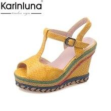 KARINLUNA Nuevo Tamaño Grande 32-43 de Colores Peep Toe de Plataforma Mujer Zapatos t-strap Cuñas de Tacón Alto Del Partido Sandalias de la boda