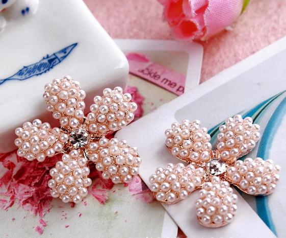 50pcs/lot 26mm metal rhinestone buttons  plum blossom Pearl  button  wedding embellishment scrapbooking buttons for craft