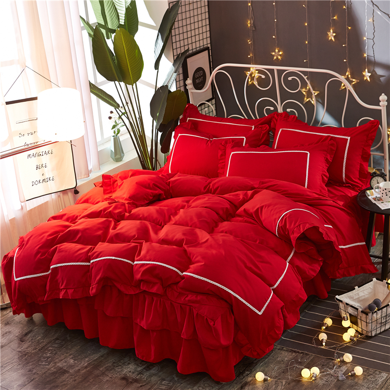 Luxury Lace wedding bedding set Good quality king queen size bed set duvet cover set Bed skirt pillowcases new red bedclothesLuxury Lace wedding bedding set Good quality king queen size bed set duvet cover set Bed skirt pillowcases new red bedclothes