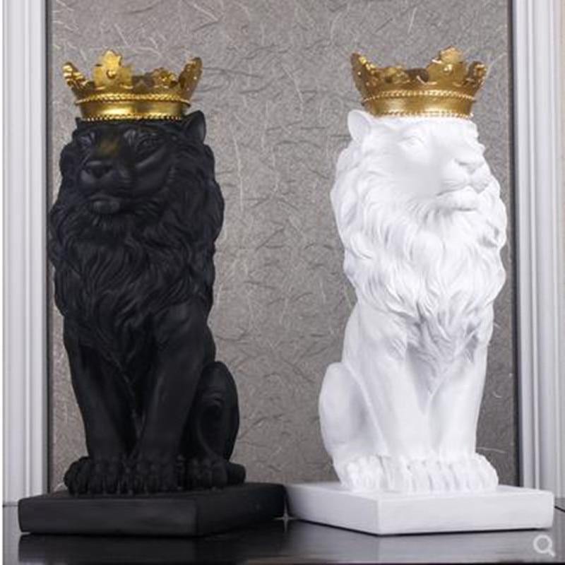 Nordique belle couronne lion résine figurine avec ornement décoration de la maison artisanat mascottes moderne bureau bureau figurines sculptur