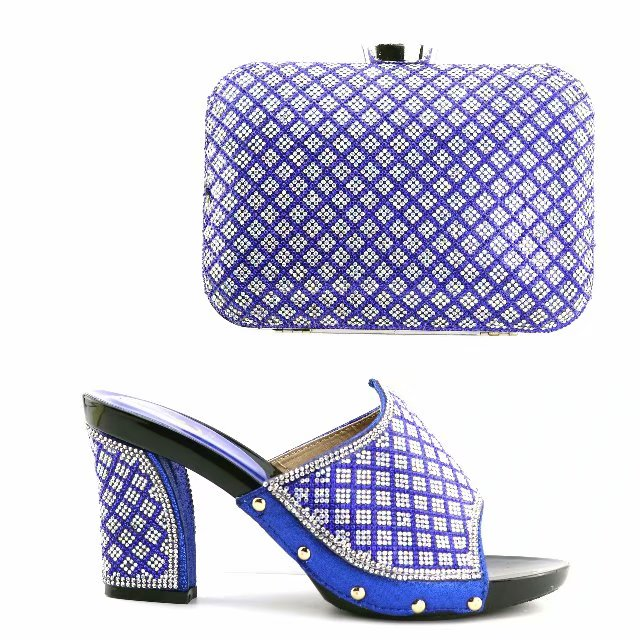 Gorgeous royal blue women pumps and bag set with rhinestone lattice design african shoes match handbag set for dress V1002-3Gorgeous royal blue women pumps and bag set with rhinestone lattice design african shoes match handbag set for dress V1002-3