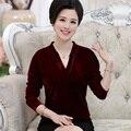 Meia idade mulheres mãe moda outono clothing feminino solto da longo-luva t-shirt top de veludo ouro plus size camisa básica pullover