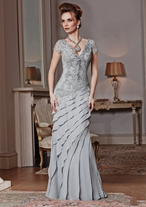 2015 Elegant Noble Mermaid Mother Of The Bride Dresses Lace And Chiffon V Neck Floor Length Simple Cap Sleeve Ruffles Appliques