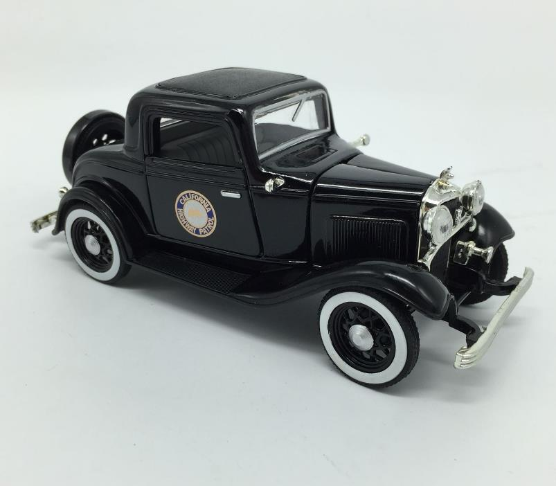 1:32 scale alloy model car,high simulation Antique vintage car,metal diecasts,toy vehicles,collection model car,free shipping