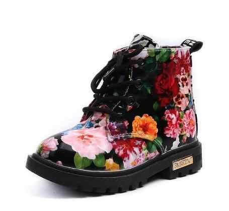 2019 ใหม่แฟชั่นสาวน่ารักรองเท้า Elegant ดอกไม้ดอกไม้พิมพ์เด็กรองเท้าเด็ก Martin รองเท้าเด็ก 1-6 ปี