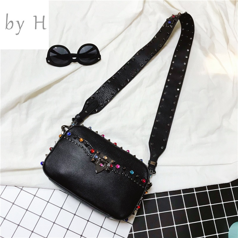 by H new 2019 new arrival cow leather colorful rivet flap crossbody bags for Women Genuine Leather handbags Adjustable Strapby H new 2019 new arrival cow leather colorful rivet flap crossbody bags for Women Genuine Leather handbags Adjustable Strap