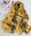 100% дизайнерский бренд мода чистого шелка cc шарф 2015 осень для женщины мыса зима желтый печати шали мыса логотип фантазии шеи шарфы