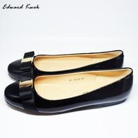 Big Size Women Flats Brand Genuine Leather Ballet Shoes Woman Bow Tie Designer Flats Ladies Zapatos Mujer Sapato Feminino. DA002
