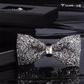 Novo Frete Grátis moda masculina HOMENS Coreano Estrela de Casamento Do Diamante Padrinhos do noivo arco clube de luxo super flash diamante gravata VENDA