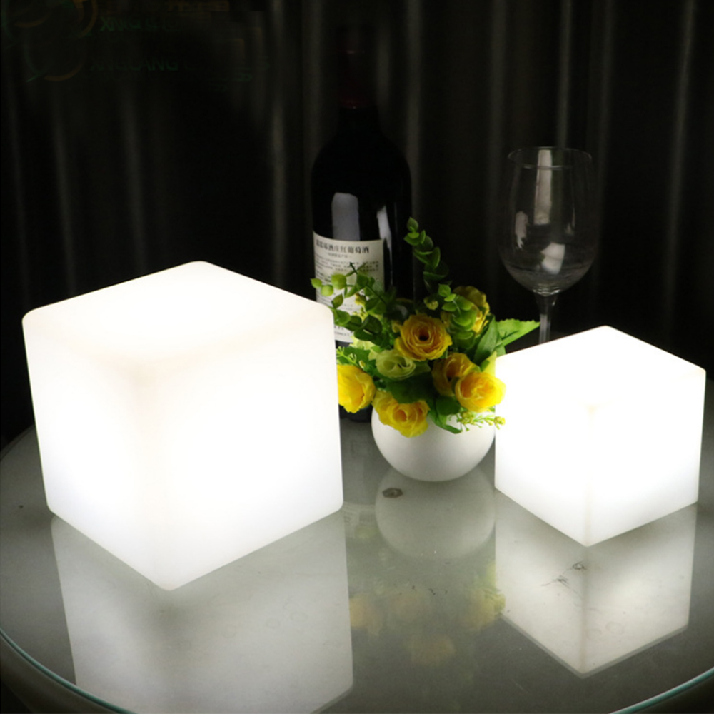 Simple Bar 15 cm LED Rechargeable Lamps 16 Colors changing Creative Table Light Dimming Square Study Bedroom Bedside Lamp