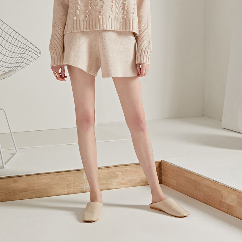 2018 New knitting shorts women 2018 autumn and winter Euramerican fashion elastic waist woolen cashmere short pants outwear 3130