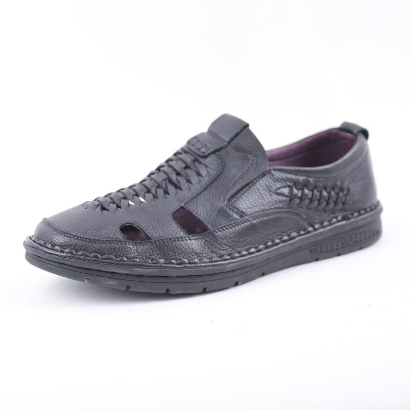 цена на SHUANGFENG New Arrival 2018 Summer Sandals Men Shoes Genuine Leather Breatherable Hole Shoes Man Casual Sandals sandalias hombre