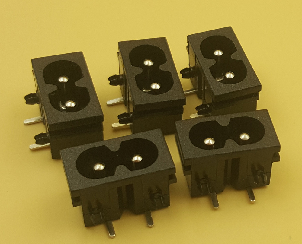 10Pcs Black Male Plug IEC320 C8 Power Socket Connector AC 250V 2.5A Right Angle