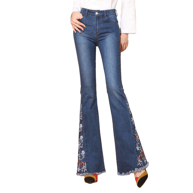 30b0434d1aa Jeans Push Up de mujer pantalones vaqueros de campana de fondo con bordado  de nueva marca