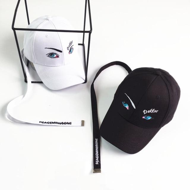 Lucu 3D Mata Biru Datar Lebar Tali Panjang Topi Bisbol untuk Pria Wanita  2018 Baru Lucu 3727722cc4