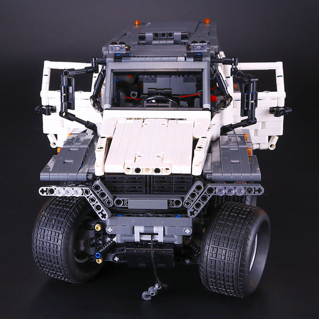 LEPIN 23011 Technic Series Off-road vehicle Model MOC Assembling Building Kits  Block Bricks Compatible 5360 toy Educational Toy