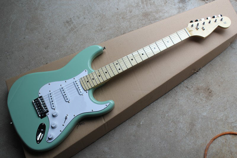 Electric Guitar China musical Instruments ST Electric Guitar guitarra light green maple fretboard stratocaster 85Electric Guitar China musical Instruments ST Electric Guitar guitarra light green maple fretboard stratocaster 85