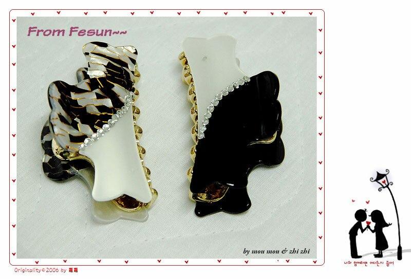 Classic black and white cotton prints belt juxtaposition acrylic diamond hair accessory gripper clip single