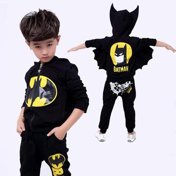 Batman zestawy ubrań dla chłopców bluza z kapturem na zamek sportowy garnitur dla chłopców kurtka z motywem kreskówki płaszcz spodnie Batman Cosplay kostiumy zestaw ubrań dla dzieci tanie i dobre opinie Y5Y6 Nowość zipper Poliester COTTON Chłopcy Pełna REGULAR Pasuje prawda na wymiar weź swój normalny rozmiar Cartoon