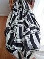 2016 Primavera de Europa y América bufandas de rayas de cebra blanco y negro de algodón con flecos bufanda chal salvaje
