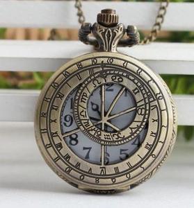 Novo design Antigo Oco out bússola quartz relógios de bolso colar de presente da mulher do Homem