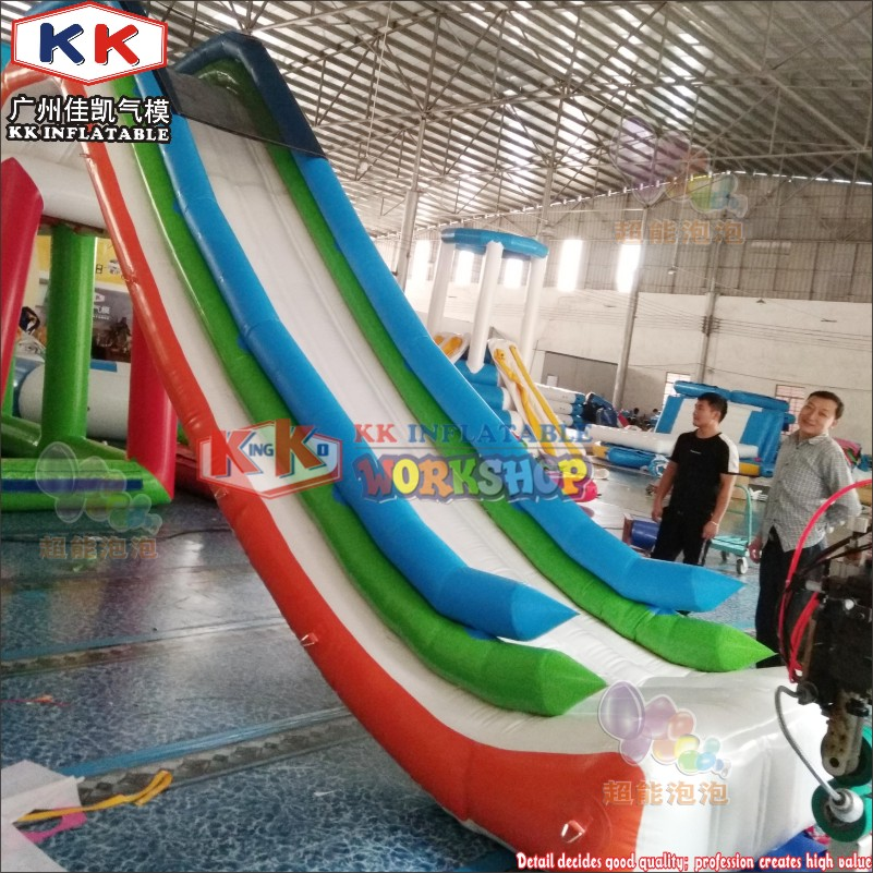 Custom Giant Air Dock Inflatable Water Slide, Inflatable Yacht Boat Water Slide