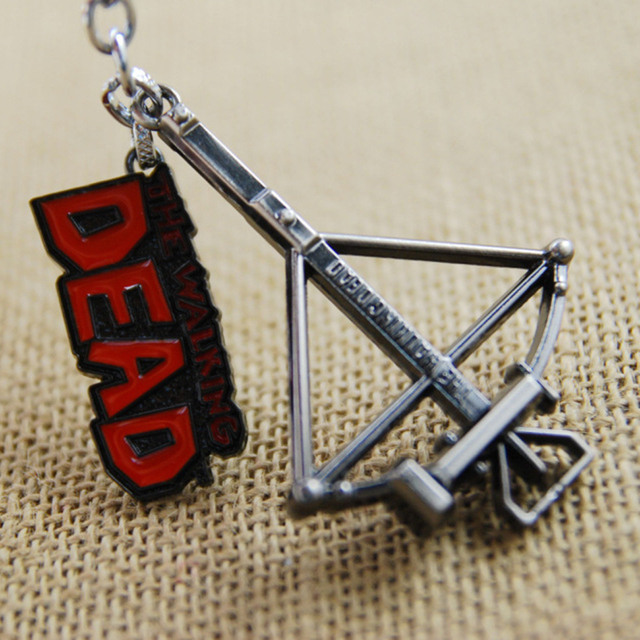 Good Quality 7cm Hot TV The Walking Dead Daryl Crossbow Weapon Toy Metal Pendant Key Ring Chaveiro Chain Toy