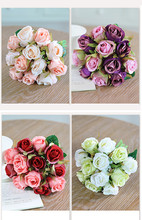 Bouquet of Artificial Roses