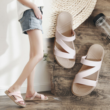Fashion Flat White Lady Slipper Joker summer beach Outdoor New Solid Color Narrow Band Soft slippers Sandals