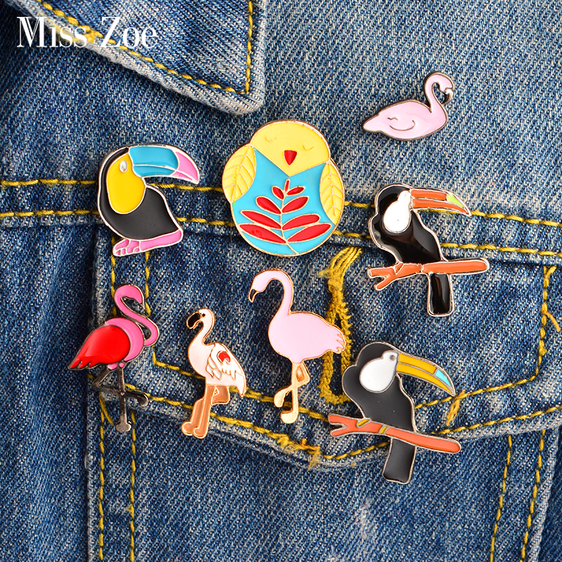 Arts,crafts & Sewing Xinaher 1 Pc Cute Flamingos Roller Skates Brooch Button Pins Denim Jacket Pin Jewelry Decoration Badge For Clothes Lapel Pins Home & Garden