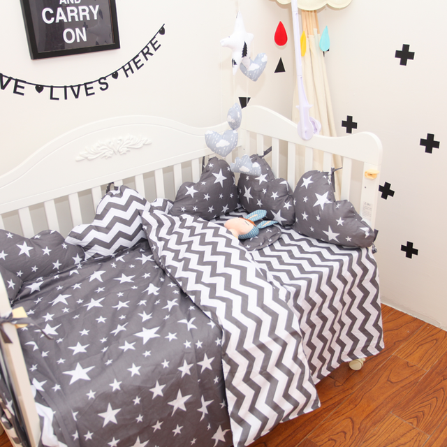 3pcs / Sets 100% Cotton Classic Gray Stripes Stars Baby Bedding Set  Twill  Baby Bed Set  Pillow Case Bed Sheet Quilt Cover